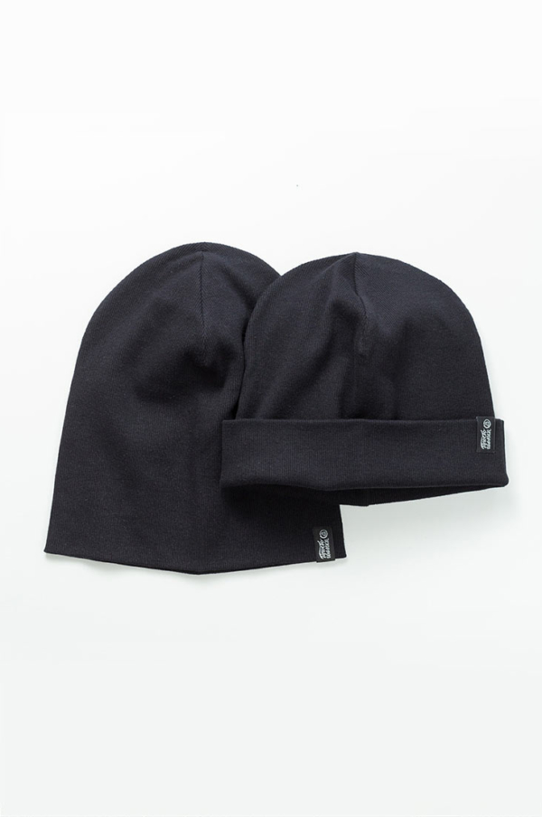 Шапка трикотажная Магеллан, шапка удлиненная, шапка с подворотом, цвет горчица, цвет черный